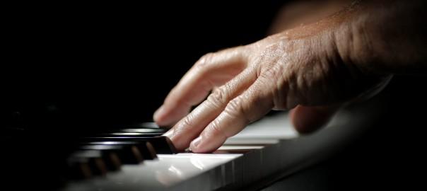 Apprendre le piano en autodidacte est-il une bonne idée ?