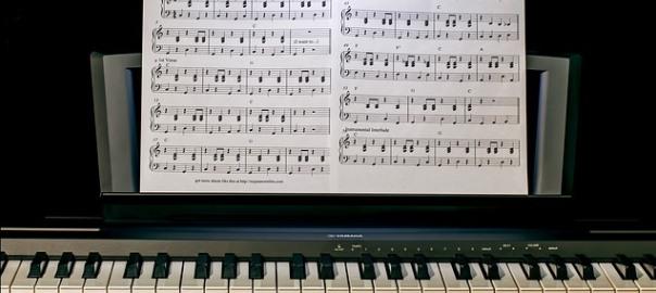 Comment apprendre le piano sans solfège?