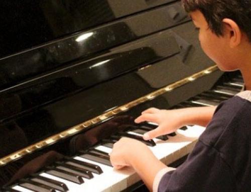 Apprendre le piano en autodidacte est il vraiment possible - Comment choisir piano ...